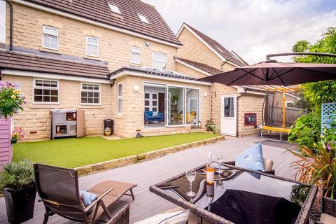 5 bedroom detached house for sale - Blackthorn Drive, Lindley, Huddersfield, HD3