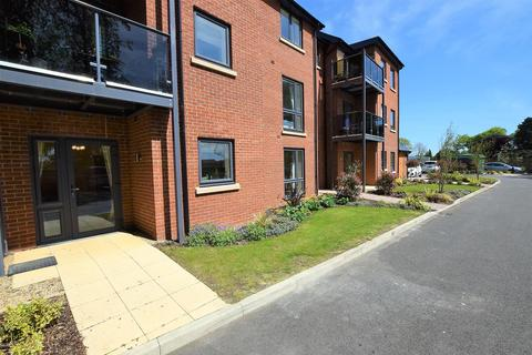 2 bedroom apartment to rent - Lonsdale Park, Oakham
