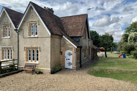 3 bedroom semi-detached house for sale - Willett Rd, Ashington, Wimborne, BH21 3DH