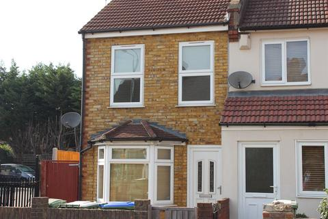 3 bedroom end of terrace house to rent - Mayplace Road West, Bexleyheath, Kent, DA7 4JJ