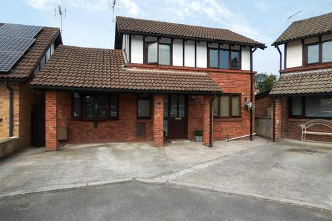 3 bedroom detached house for sale - Maerdy Park, Pencoed, Bridgend, CF35 5HX