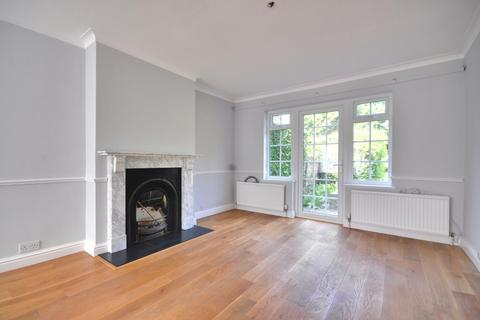 4 bedroom semi-detached house to rent - Broadmead Close, Hatch End, Middlesex, HA5 4PS