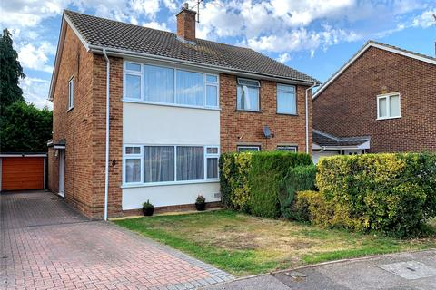 3 bedroom semi-detached house for sale - Roundhead Road, Theale, Reading, Berkshire, RG7