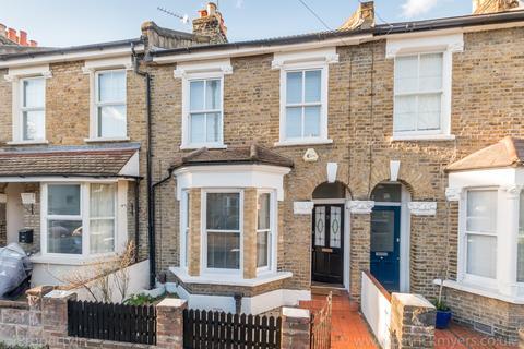 3 bedroom terraced house to rent - Landells Road London SE22