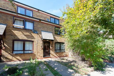 4 bedroom terraced house to rent - Lofting Road, London, N1