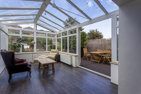 3 bedroom detached house for sale - Green Road, Winton
