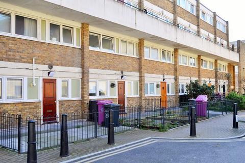 3 bedroom maisonette to rent - Eric Street, Mil End, London E3