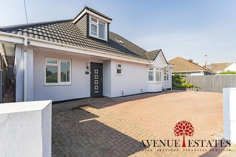 4 bedroom bungalow for sale - RossmoreRoad, Poole BH12
