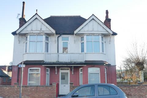 2 bedroom flat to rent - HARROW, HA1