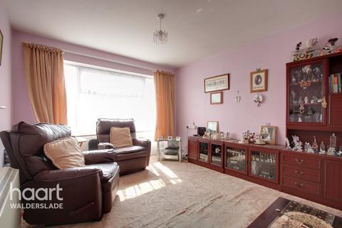 1 bedroom flat for sale - Glenwood Close, Chatham