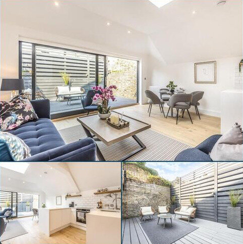 2 bedroom flat for sale - Beauchamp Road, Battersea