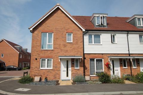 2 bedroom end of terrace house for sale - Longshore Drive, Shoreham-by-Sea