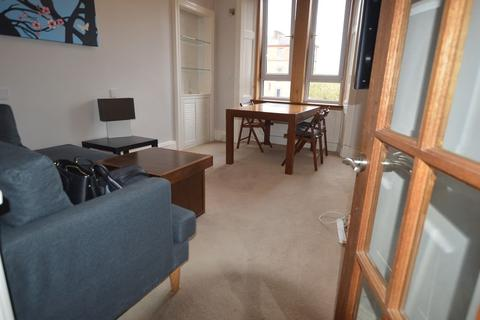 2 bedroom flat to rent - Dundee Terrace, Edinburgh   Available 25th May