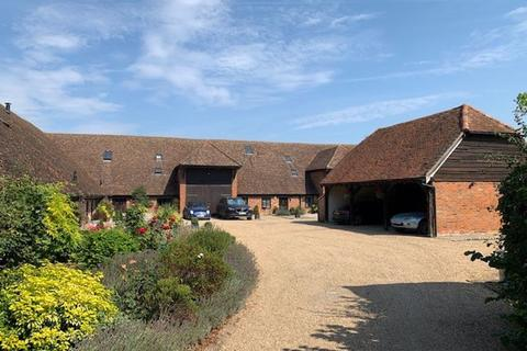 3 bedroom barn conversion for sale - Waltham Road, White Waltham.