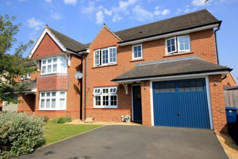 4 bedroom detached house for sale - Valerian Drive, Stafford