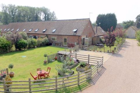 3 bedroom barn conversion for sale - Ingestre Park Road, Ingestre