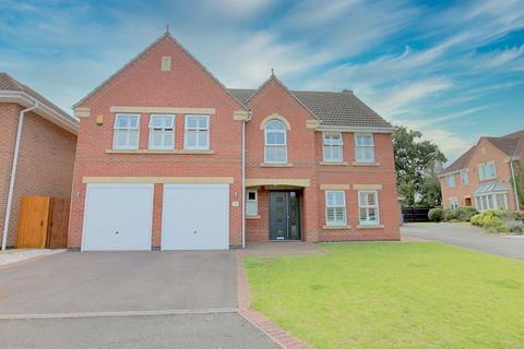 5 bedroom detached house for sale - Coalport Drive, Stone