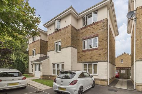 2 bedroom apartment for sale - Coed Celynen Drive, Abercarn - REF# 00010024