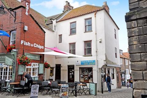 3 bedroom cottage for sale - Market Place, Whitby