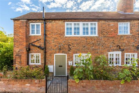 2 bedroom character property for sale - Factory Yard, Wycombe End, Beaconsfield, Buckinghamshire, HP9
