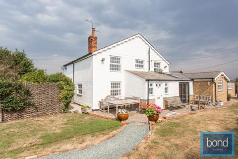 2 bedroom semi-detached house for sale - Hulls Lane, Sandon, CM2