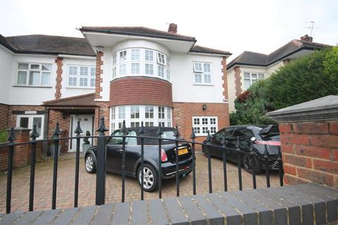 5 bedroom semi-detached house to rent - Westpole Avenue, Cockfosters, EN4