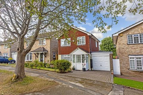 3 bedroom detached house for sale - The Driftway, Banstead