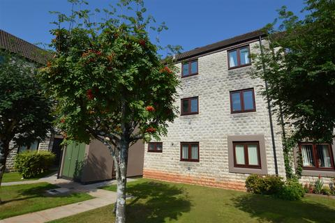 2 bedroom flat for sale - Church Court, Midsomer Norton, Radstock