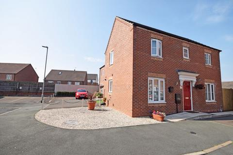 3 bedroom semi-detached house for sale - Spencroft Close,Norton Heights, Stoke-On-Trent