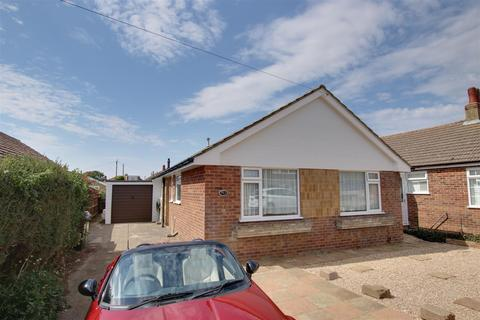 3 bedroom detached bungalow to rent - Rowe Avenue North, Peacehaven