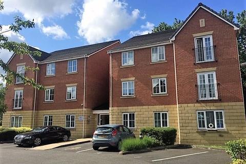 2 bedroom flat to rent - Godolphin Close, Eccles