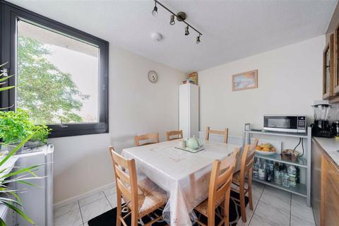 3 bedroom flat for sale - Chandos Way, Hampstead Garden Suburb