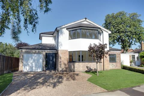 4 bedroom detached house for sale - Ransome Way, Elloughton, Brough