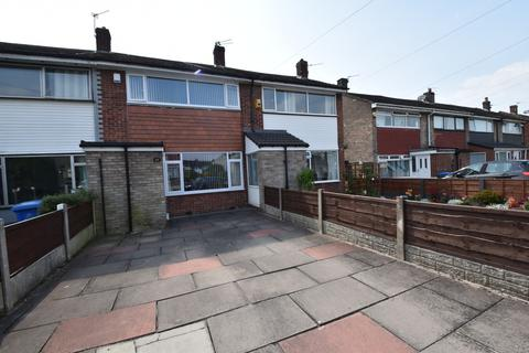 2 bedroom terraced house for sale - Buttermere Road, Partington, M31