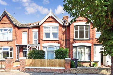 2 bedroom flat for sale - Douglas Road, Herne Bay, Kent