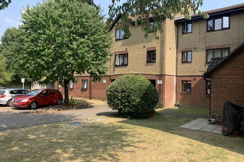 1 bedroom flat to rent - Tysoe Avenue, Enfield, Greater London, EN3