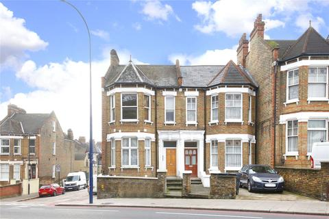 2 bedroom flat - Loampit Hill, London, SE13