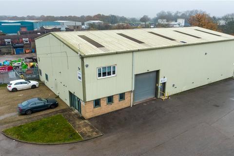 Distribution warehouse to rent - Elvington Industrial Estate, York Road, York, YO41