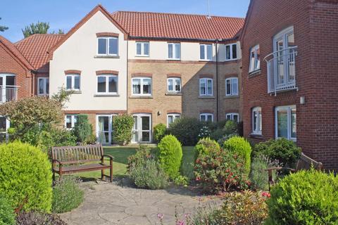 2 bedroom apartment for sale - Ainsworth Court, Grove Lane, Holt NR25
