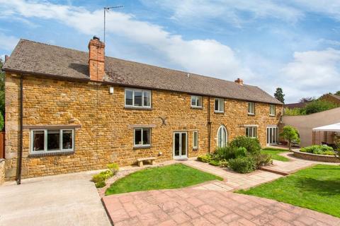 4 bedroom barn conversion for sale - Adderbury, Banbury, Oxfordshire