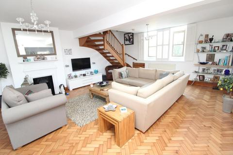 3 bedroom semi-detached house for sale - Church Lane, North Ockendon, Upminster, Essex, RM14