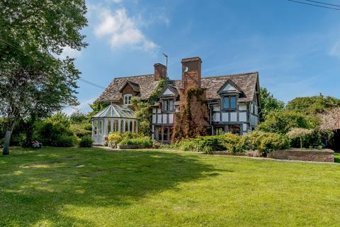 4 bedroom detached house for sale - Lyonshall, Kington, Herefordshire