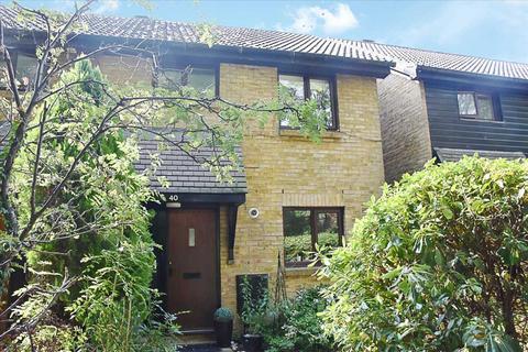 3 bedroom semi-detached house for sale - Foxwood Close, Hanworth, Feltham
