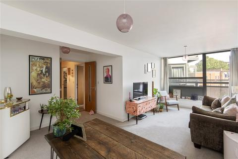 1 bedroom flat for sale - Courtenay House, 9 New Park Road, London, SW2