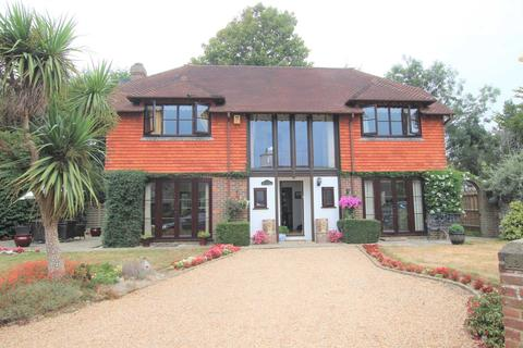 4 bedroom detached house for sale - Firle Road, Seaford, BN25 2HJ
