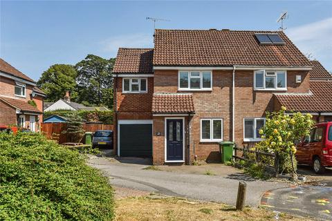 3 bedroom house for sale - Gaskell Close, Alton