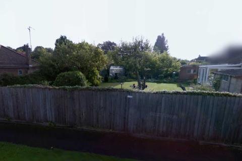 Land for sale - *  DEVELOPERS AWARE  *  Land Adjacent 50 Thornton Crescent, Aylesbury