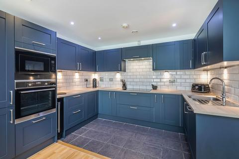 2 bedroom flat for sale - 25 Indescon Sqaure, E14 9DG