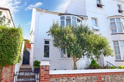 4 bedroom end of terrace house for sale - Powis Grove, Brighton, East Sussex