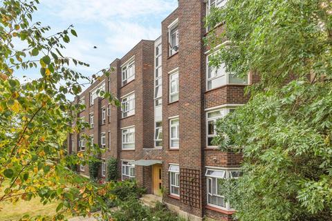 2 bedroom flat for sale - Montpelier Row, Blackheath